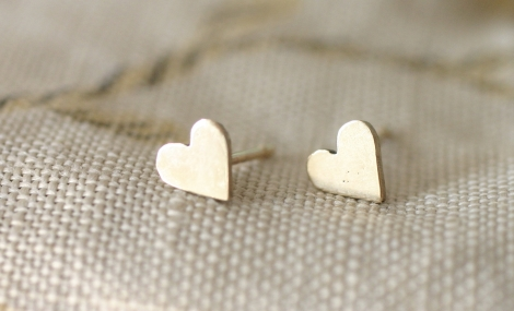 solid gold tiny heart earrings