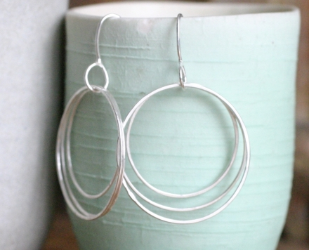 multi circle silver earrings (large)